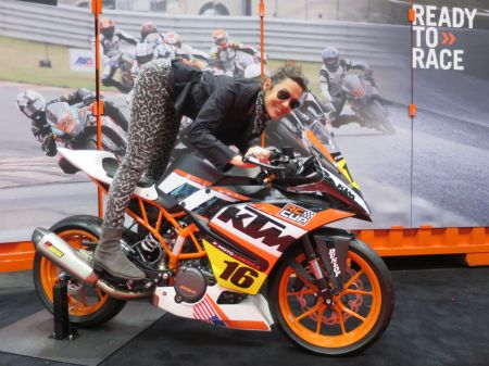 MotorcycleShow15