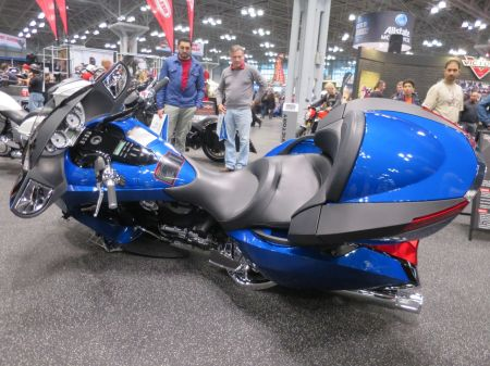 MotorcycleShow18