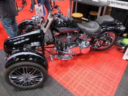 MotorcycleShow36